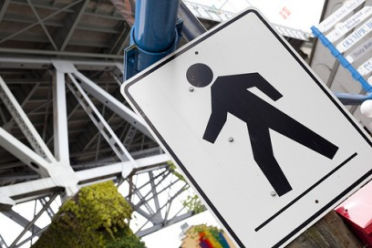 Canadian Pedestrians Hover