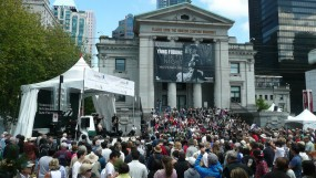 Robson Square - Jazz Fest - P1050632