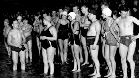CVA 371-836 - The Polar Bear Club about to go for a swim on New Years Day - 1939