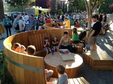 Hot tub parklet, Vancouver. Photo: Paul Krueger under Creative Commons license